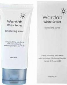 Wardah White secret exfoliating scrub