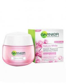 Garnier Sakura White Pinkish Radiance Whitening Cream DAY