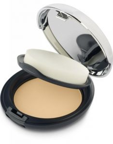 The Body Shop All in One Face Base Double Function