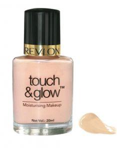 Revlon Touch & Glow Moisturizing Makeup