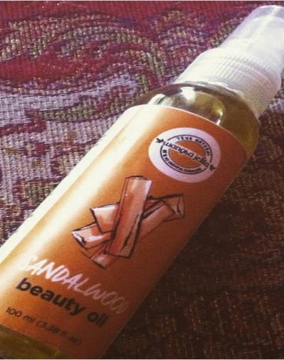 Wangsa Jelita Sandalwood Beauty Oil