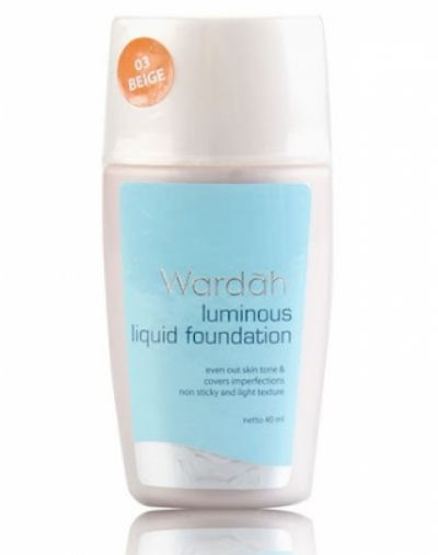 Wardah Luminous Liquid Foundation Beauty Product
