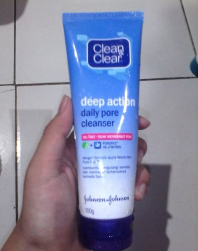Clean And Clear Daily Pore Cleanser