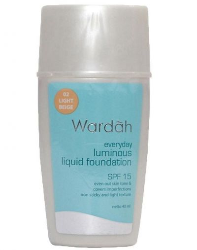Wardah Everyday Lumious Liquid Foundation