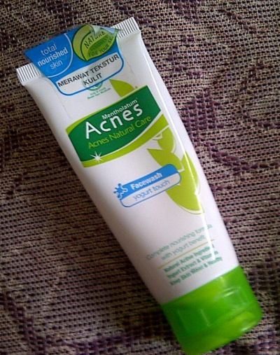 Natural Care Yoghurt Touch Face Wash