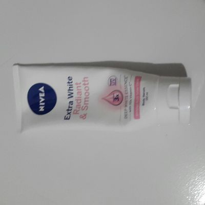 NIVEA nivea body lotion extra white