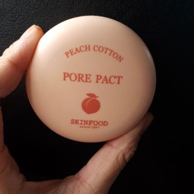 SKIN FOOD Peach Cotton Pore Pact