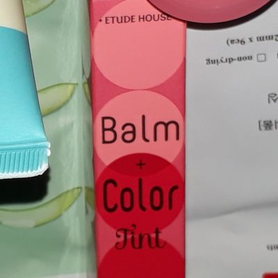 Etude House balm & color tint
