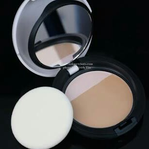 New Moisture White Bright Compact Foundation SPF25 PA+++