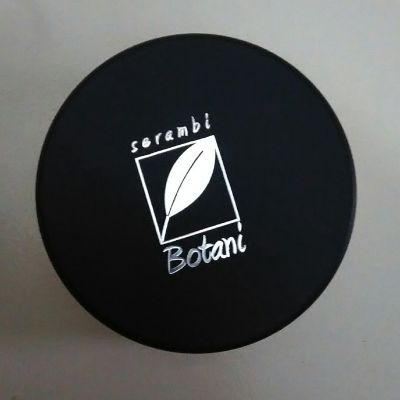 Serambi Botani loose powder