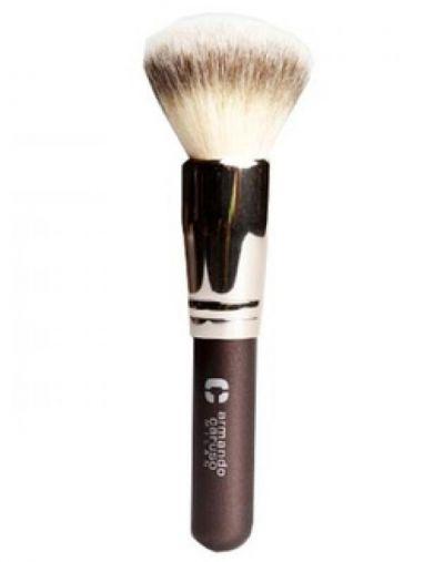 Armando Carusso duo fiber powder brush