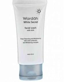 White Secret Facial Wash