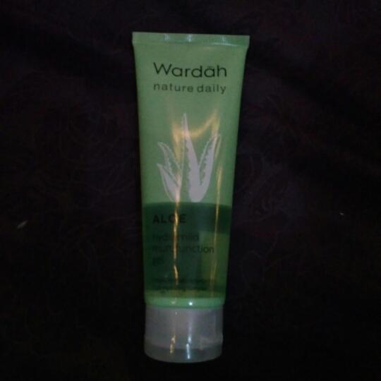 Review Wardah Aloe Hydramild Moisturizer Cream Untuk Kulit Berjerawat
