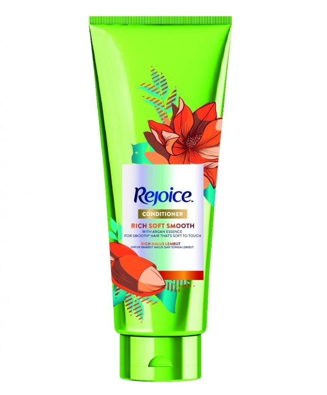 Rejoice Rich Soft Smooth Conditioner Review Female Daily